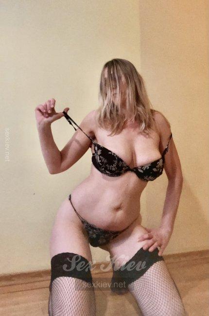 Проститутка Киева НадеждаИНДИ, интим услуги без доплат к 800 грн