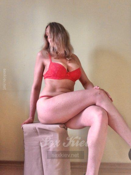 Проститутка Киева НадеждаИНДИ, интим услуги без доплат к 1000 грн