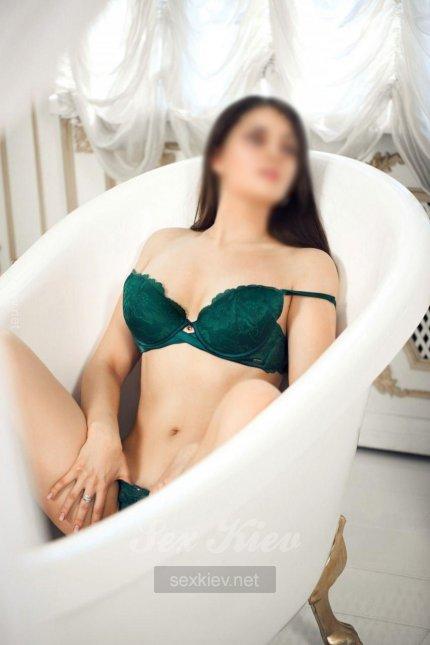 Проститутка Киева Марьяна ИНДИ, с 3 размером сисек