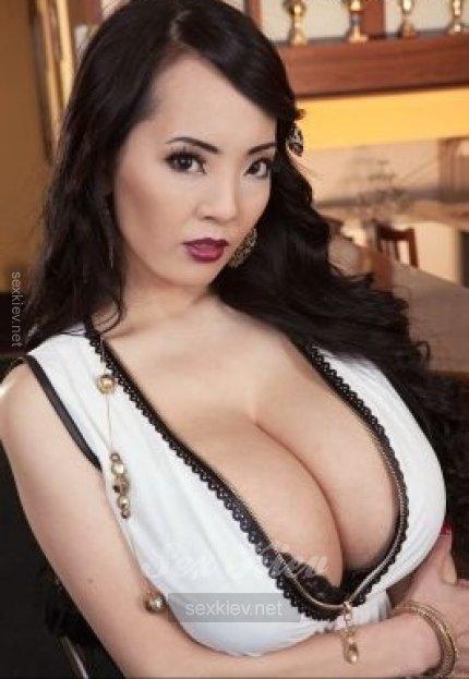 Проститутка Киева Дояна, с 6 размером сисек
