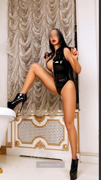 Проститутка Киева Марина, ей 25 лет