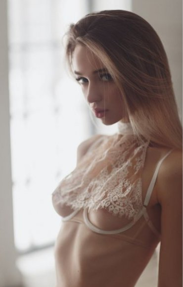 Проститутка Киева Диана, интим услуги без доплат к 1800 грн