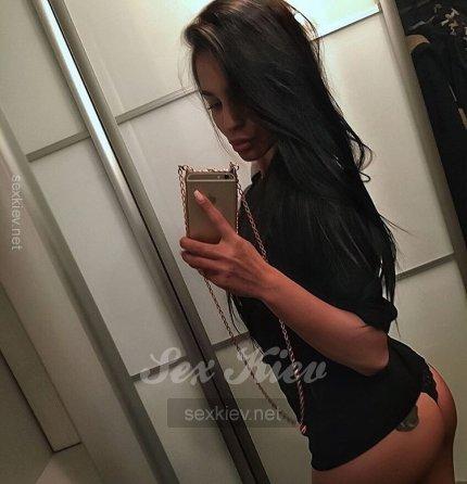 Проститутка Киева МИЛАНА, шлюха за 3100 грн в час
