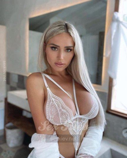 Проститутка Киева Олеся, звонить по телефону +38 (073) 060-27-..