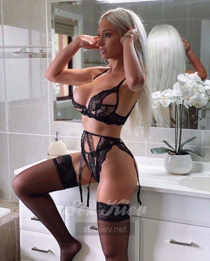 Проститутка Киева Олеся, шлюха за 3000 грн в час