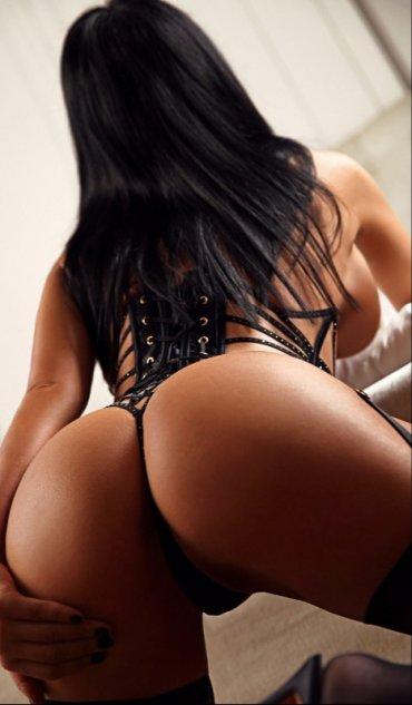 Проститутка Киева Кира , шлюха за 2000 грн в час