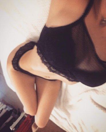 Проститутка Киева Ася, с 2 размером сисек