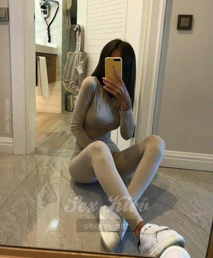 Проститутка Киева Злата, индивидуалка за 2500 грн