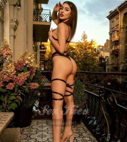 Проститутка Киева Венеса , с 3 размером сисек