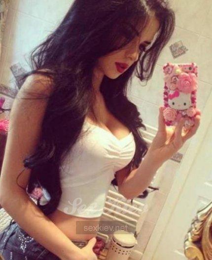 Проститутка Киева ЮляКиев, ей 18 лет