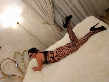 Проститутка Киева Танюша, звонить по телефону +38 (066) 428-99-..