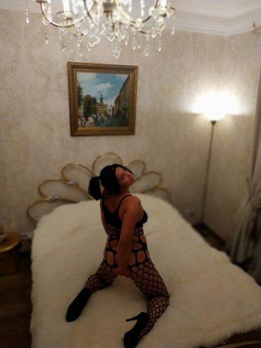 Проститутка Киева Танюша, шлюха за 3000 грн в час