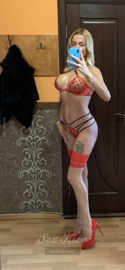 Проститутка Киева Nika, интим услуги без доплат к 3000 грн