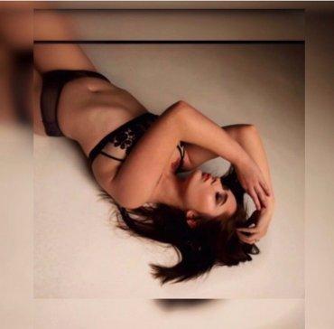 Проститутка Киева Амина  и видео м, ей 18 лет