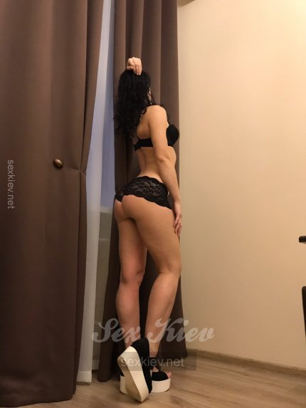 Проститутка Киева Оля, снять за 1300 грн