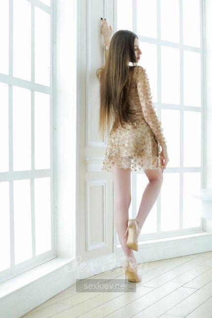 Проститутка Киева Молли, с 2 размером сисек