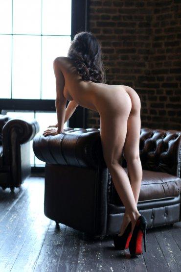 Проститутка Киева Рената, индивидуалка за 4000 грн