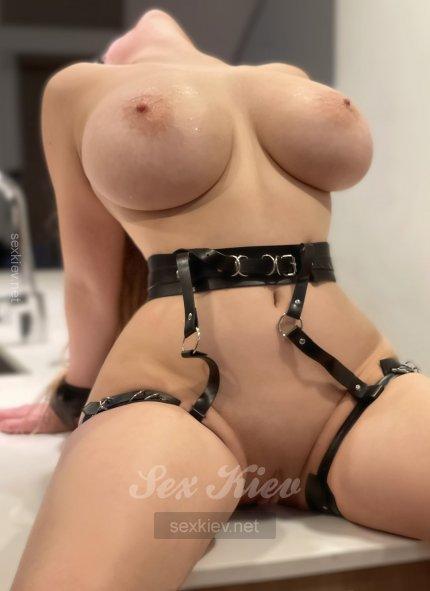 Проститутка Киева СОЧНЫЙ ТРАХХХХ, шлюха за 1300 грн в час