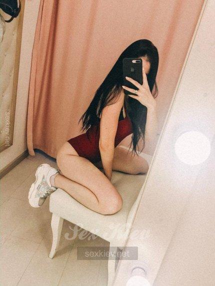 Проститутка Киева Кира, звонить по телефону +38 (067) 106-37-..