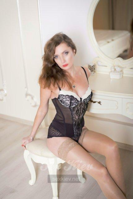 Проститутка Киева Ника, интим услуги без доплат к 3000 грн