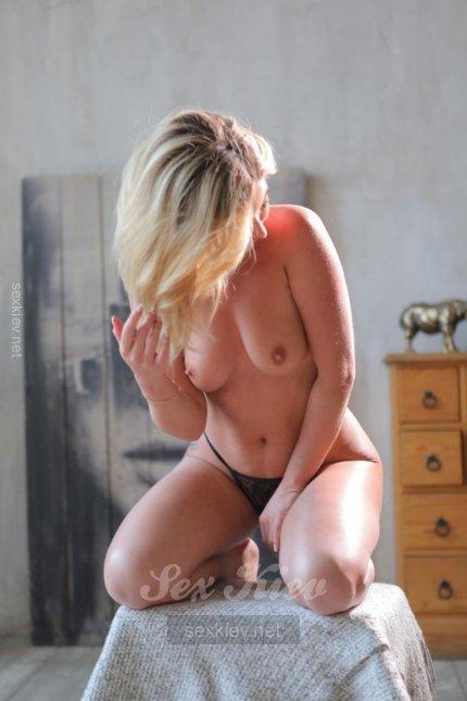 Проститутка Киева Тори, индивидуалка за 1200 грн