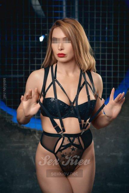 Проститутка Киева Альбина, интим услуги без доплат к 1500 грн