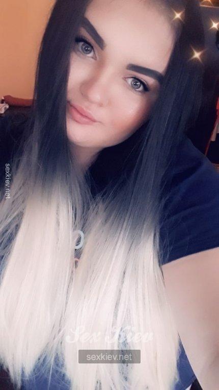Проститутка Киева Виктория  ЧАС 800, звонить по телефону +38 (096) 118-77-..