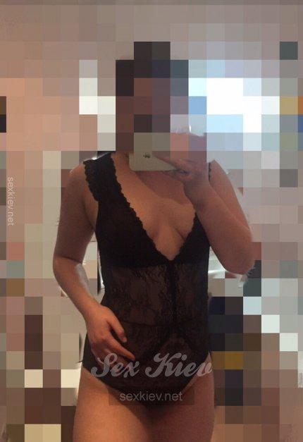 Проститутка Киева Маша, ей 20 лет