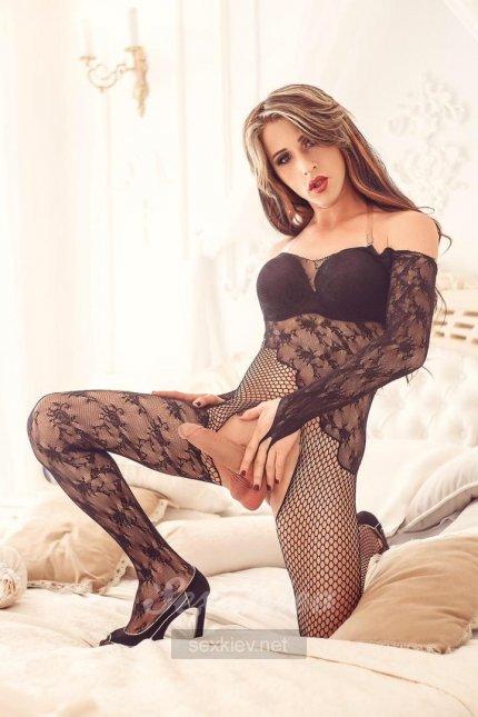 Проститутка Киева Карина Транс , шлюха за 3000 грн в час