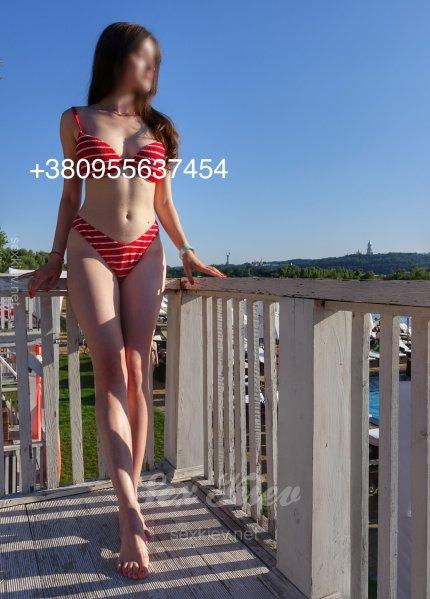 Проститутка Киева Marina, с 3 размером сисек