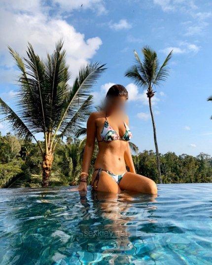 Проститутка Киева Арина, ей 22 года