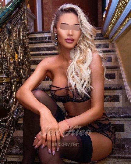 Проститутка Киева Агата, ей 23 года