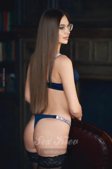 Проститутка Киева Даша, с 2 размером сисек