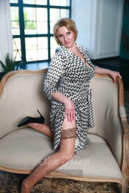 Проститутка Киева Ольга. Дама БЕЗ мужа, ей 42 года