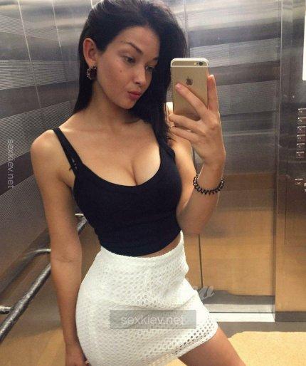 Проститутка Киева Майя, снять за 2000 грн