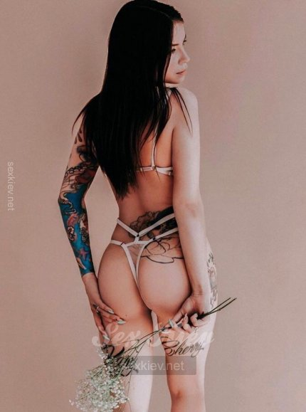 Проститутка Киева Лиза, шлюха за 2500 грн в час