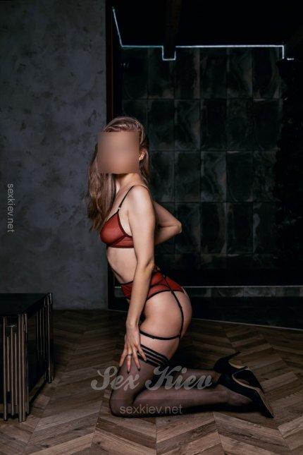 Проститутка Киева Алиса, шлюха за 2500 грн в час