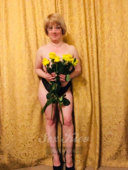 Проститутка Киева Лиля, интим услуги без доплат к 1000 грн