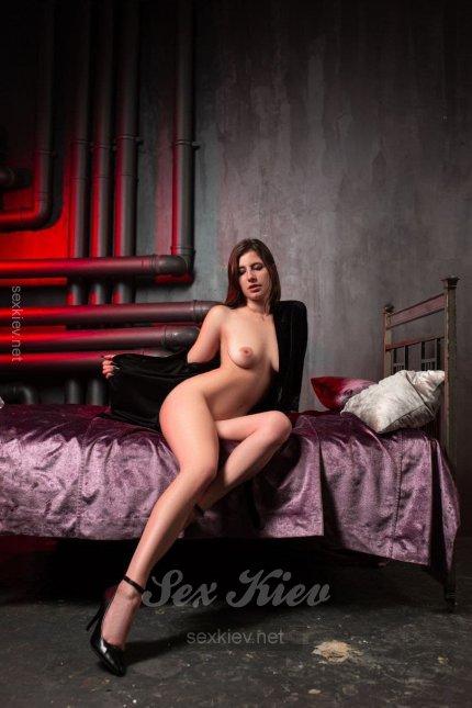 Проститутка Киева Алиса, с 3 размером сисек