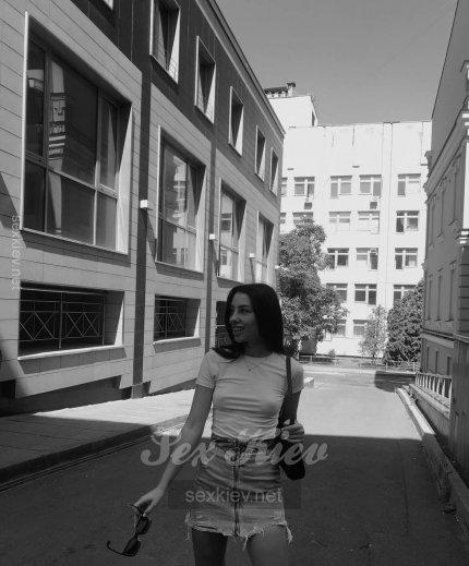 Проститутка Киева Полина, звонить по телефону +38 (050) 233-98-..