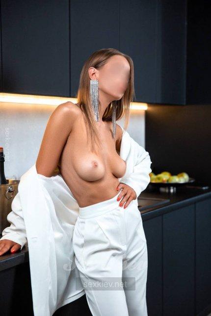 Проститутка Киева Инна, ей 21 год