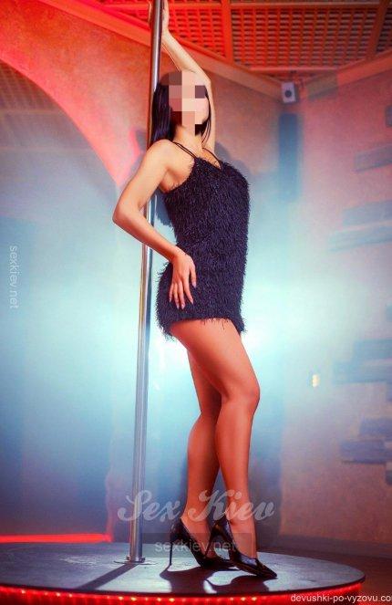 Проститутка Киева Бянка, с 2 размером сисек